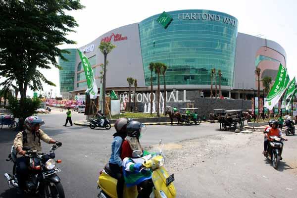 pakuwon Akuisisi mall