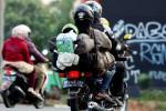 Mudik-menggunakan-sepeda-motor.-Detik.com_