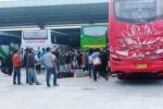 terminal-dhaksinarga-gunungkidul-mudik-penumpang-david-Kurniawan-370x246 (1)