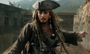 Johnny-Depp-sebagai-Kapten-Jack-Sparrow-Screenrant.com_-300x180
