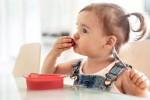 stimulasi perkembangan motorik bayi