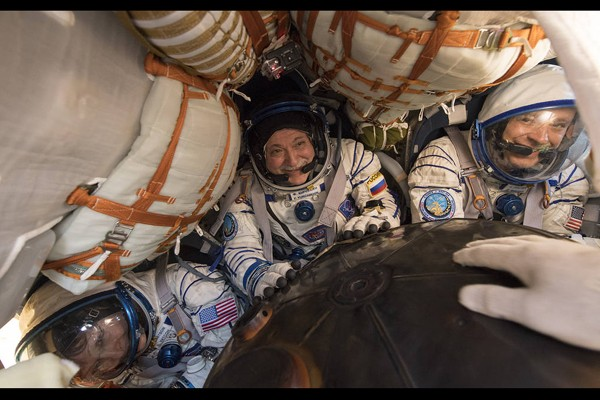 gaji seorang astronaut