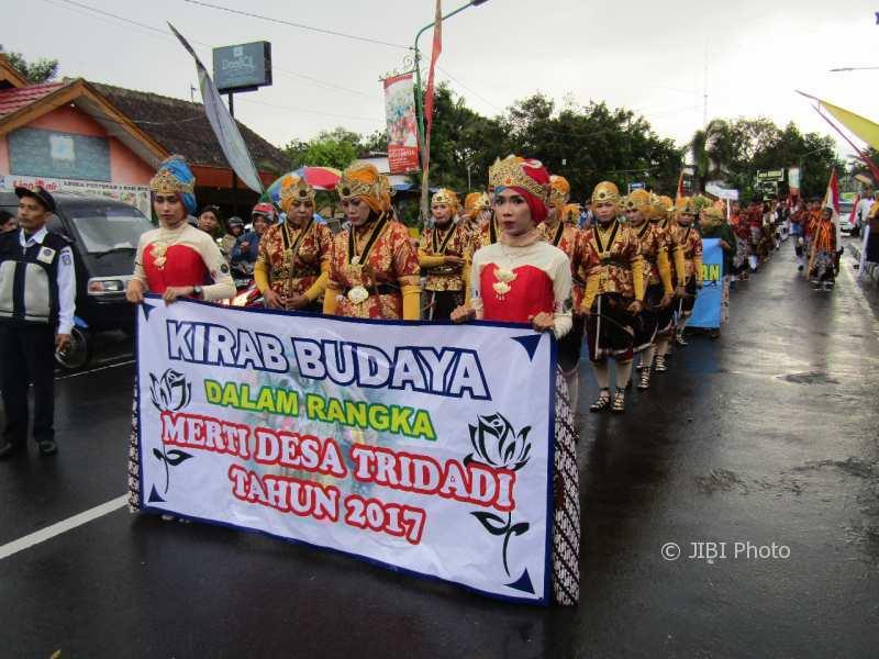 kesenian dan tradisi desa