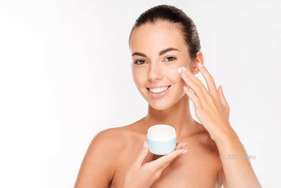 membersihkan wajah yang ideal