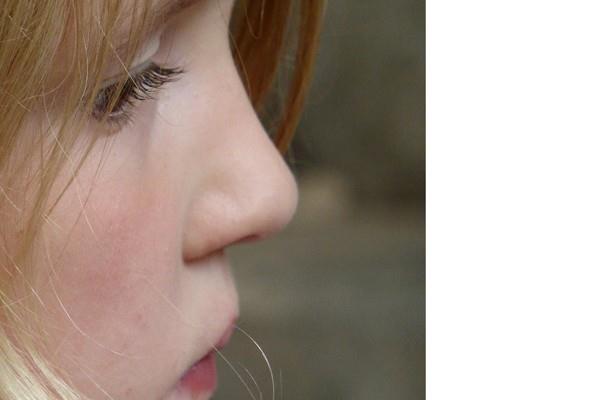 semprotan hidung Corona