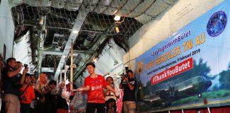 Butet merasakan bulutangkis di kabin pesawat Hercules C-130 TNI-AU