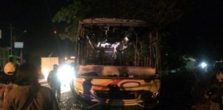 Pembakaran bus