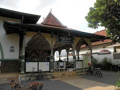 masjid margoyuwono