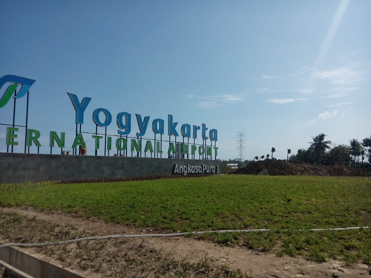 bandara belum layak internasional