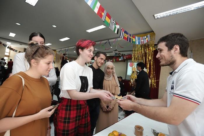 mahasiswa baru internasional