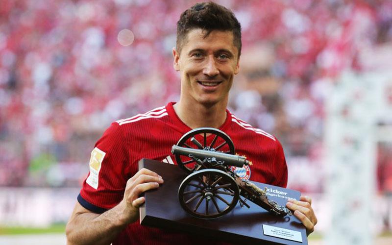 Lewandowski top skor bundesliga