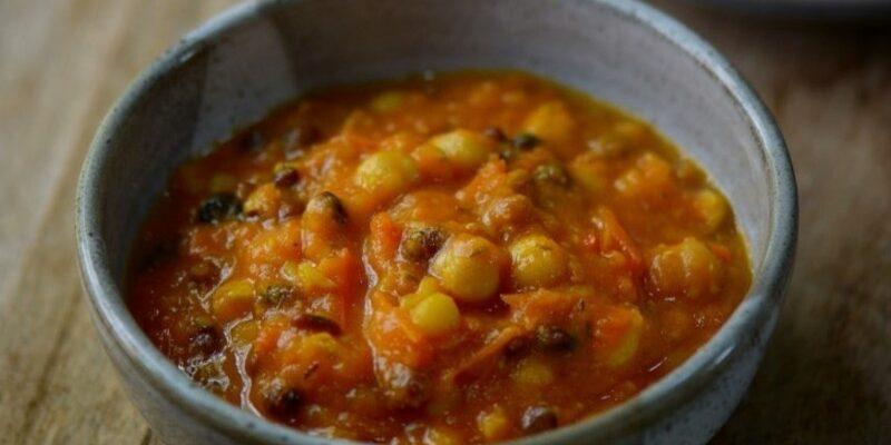 Sop tomat kacang