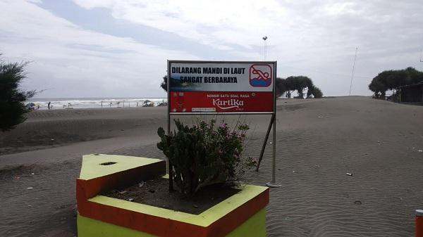 Palung di pantai