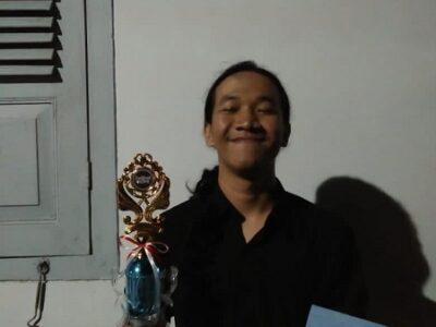 Raihan Robby juara puisi
