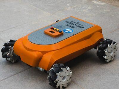 robot ugm