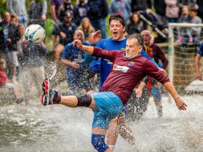 sepakbola sungai